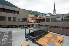 gemeindezentrum_daniela_kross_und_rainer_koberl_2015_clandluft_gherder.jpg