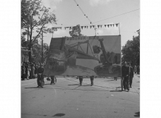 may_day_rally_of_the_kpo_communist_party_of_austria_on_the_vienna_ringstrasse._march_of_workers_of_waagner-biro_a.g._may_1_1953._photographer_unknown._source-_oenb_.png