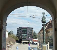 3_barbara_karmeliterplatz-torbogen_crop_m8.jpg