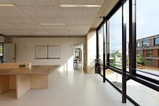 23_classroom_boureau.jpg