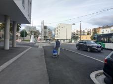 bild_6_blick_auf_den_asphaltbetonten_umbau_von_sueden.jpg