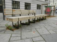 Stadmöblierung mit urban gardening