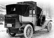 2_1910-pierce-arrow-touring-landau.jpg