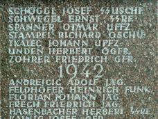 23_leoben-friedhof_ss_runen.jpg