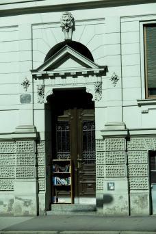 5-bucherregal-heinrichstrasse.jpg