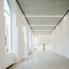 09_dfa_hurnaus_studio_moliere_foyer.jpg