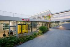feldkirchen_eingang_musikschule_turnhallen_kulturzentrum.jpg