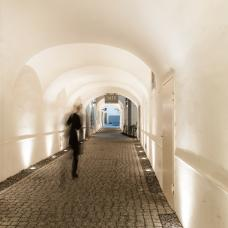 hauptplatz-passage.jpg