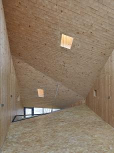 michael_shamiyeh_pure_wood_house_bild_kurt_hoerbst_2.jpg