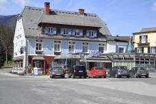 5gemeindeplatzturnau