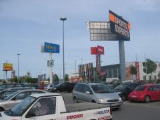 Einkaufszentrum - Reinhard Seiß URBAN+