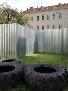 05_festivalzentrum_steirischer_herbst_2014_zwischenstand_innenhof.jpeg