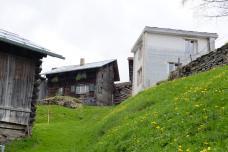 monolithisch bauen holz Moderner Strickbau von Gion Caminada