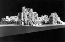 Das Verkaufsmodell diente den Käufern von Eigentumswohnungen zur Bewußtwerdung ihrer Präferenzen hinsichtlich Lage, Größe, Aussicht und räumlicher Zuordnung der Wohnungen.Ebenso diente es als Hilfe zur Veranschaulichung bei der Bauausführung.Foto: Werkgruppe Graz