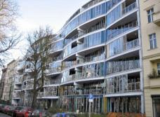 Projekt: Beginenhof Berlin-Kreuzberg ::::: Straßenansicht am Erkelenzdamm, Planung: PPL-Barbara Brankenhoff, Foto: karin wallmüller