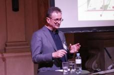 Rüdiger Lainer, Architekt in Wien, war Professor an der Akademie der Bildenden Künste Wien und ist Vorstandsmitglied von Europan Österreich.