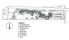 Der Lageplan des ursprünglichen Ensembles. (Darstellung: Domenig/Huth)