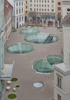 Die Piazza steht rund um die Uhr für die Grazerinnen und Grazer offen. (Foto: N. Lackner / UMJ)