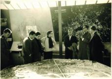 Exkursion Berlin 1956, v. li: unbek., Günther Domenig, Raimund Abraham, Fritz Gartler, Prof. Fallosch, Prof. Laggner, Ass. DI. Frisee