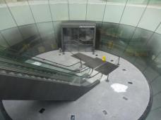 Das Universalmuseum Joanneum, ehemals Landesmuseum Joanneum in der Steiermark ist nicht nur das älteste und – nach dem Kunsthistorischen Museum in Wien – zweitgrößte Museum Österreichs, sondern auch das größte seiner Art in Mitteleuropa. 2006 gewann das Madrider Architekturbüro Nieto Sobejano zusammen mit dem Grazer Büro eep architekten die Ausschreibung für das neue Besucherzentrum, das unterirdisch im Hof der Gebäude Neutorgasse und Raubergasse angelegt wurde; die Eröffnung war im November 2011  (Wikipedia). Foto: Hengstler