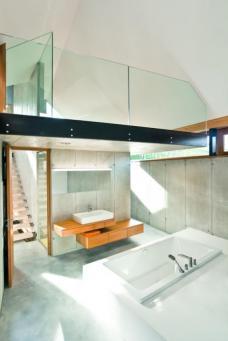 """HGO Ollersdorf, Burgenland - modification. Nominated for """"Das beste Haus 2011"""". Design: WG3 Graz."""