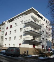 Wohnhaus Liebiggasse 9, Graz, nach dem Um- und Ausbau, 2010 (Blick von der Liebiggasse). Planung: Arch.in Marion Wicher. Foto: Michael Lahnsteiner