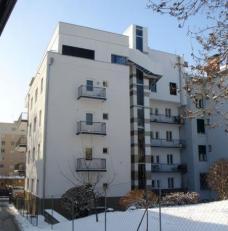 Wohnhaus Liebiggasse 9, Graz, nach dem Um- und Ausbau, 2010 (Rückansicht). Planung: Arch.in Marion Wicher. Foto: Michael Lahnsteiner