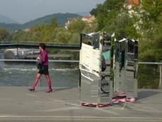 Ivana Milev: Complex, nachher, Hauptbrücke