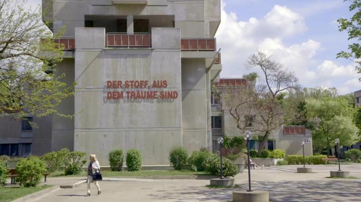 derstoffaus_terrassenhaus_6-990000079e04513c.jpg