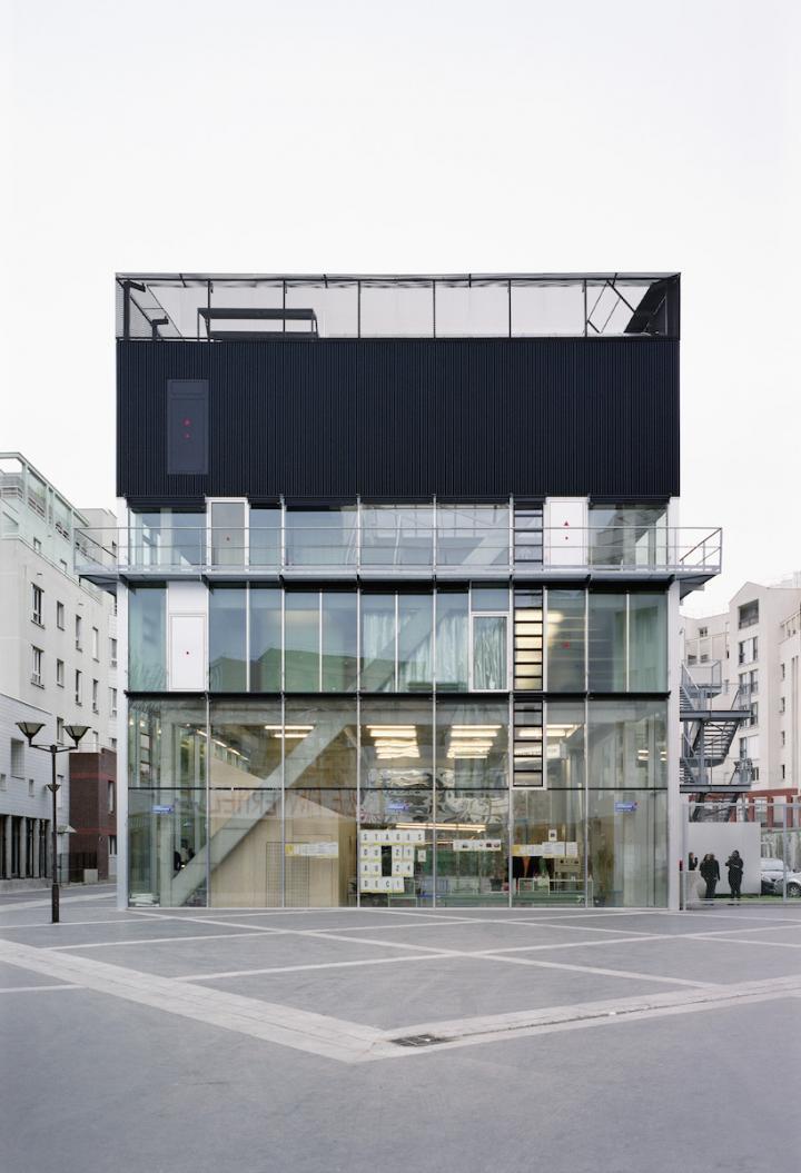 kultur-_und_sportzentrum_bruther_architects_c_julien_hourcade.jpg