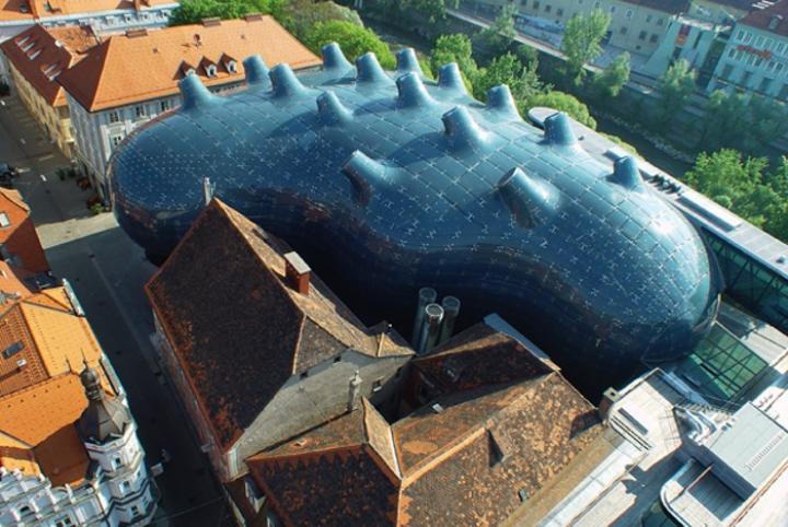 kunsthaus graz von oben