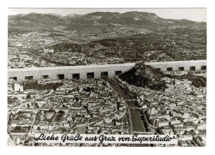liebe_gruesse_aus_graz_von_superstudio_-_ansichtskarte_1969_c_superstudio_courtesy_privatsammlung_berlin.jpg