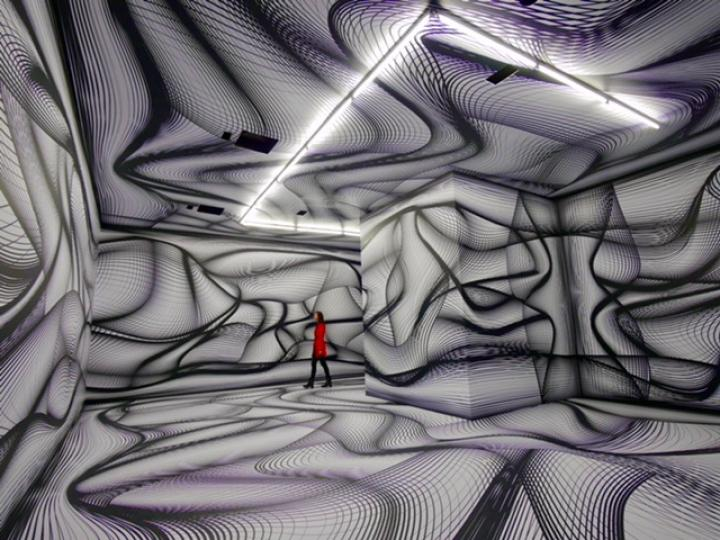 peter_kogler_installationsansicht_artists_robots_grand_palais_paris_2018_foto_atelier_kogler.jpg