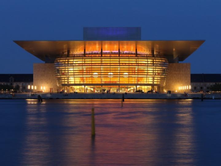 Royal Danish Opera House, Henning Larsen, 2004 (Foto: © travel3000 - Fotolia.com)