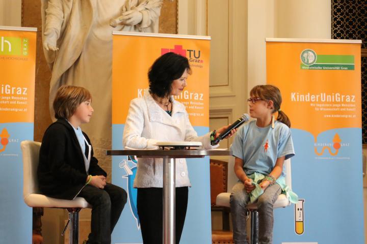 kinderuni2014-interview.jpeg