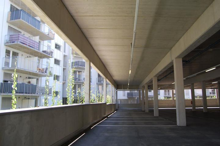 01_balkone_mit_ausblick_garage.jpg