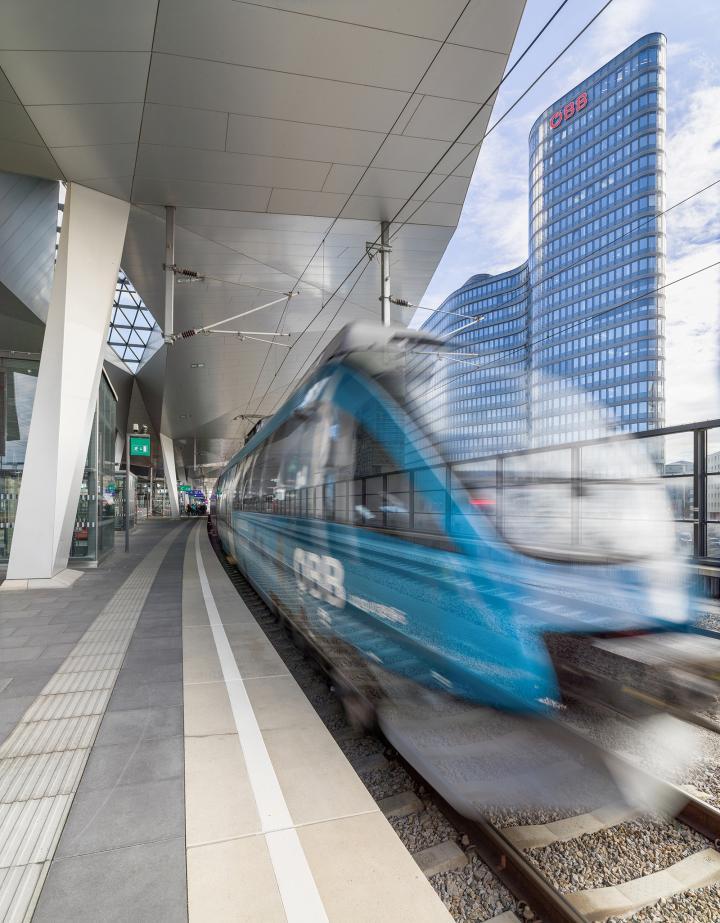 oebb-zentrale-33bahnsteigvon-westen