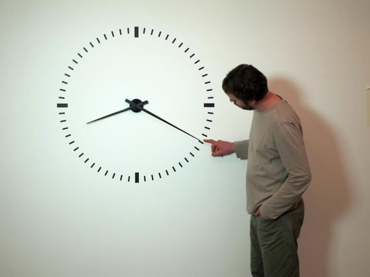 1_Ivan Moudov, Performing Time, 2012