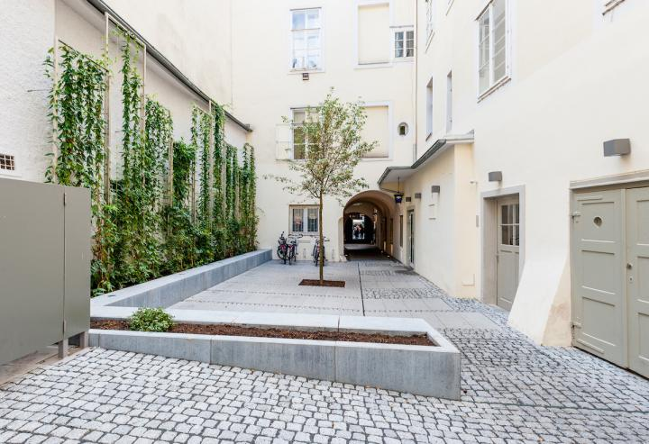 passage-blick_richtung_hauptplatz.jpg
