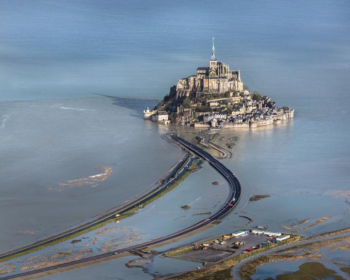 Der Steg zum Mont Saint Michel