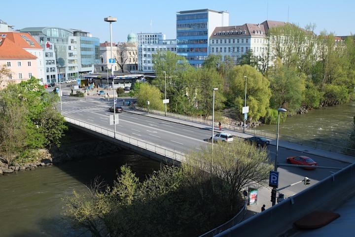 tegetthoffbrücke 1