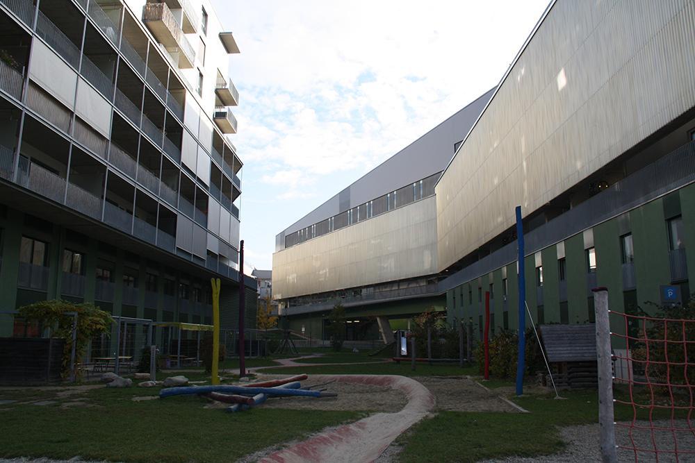 Fh joanneum urbanes wohnen im zeitraster for Master architektur
